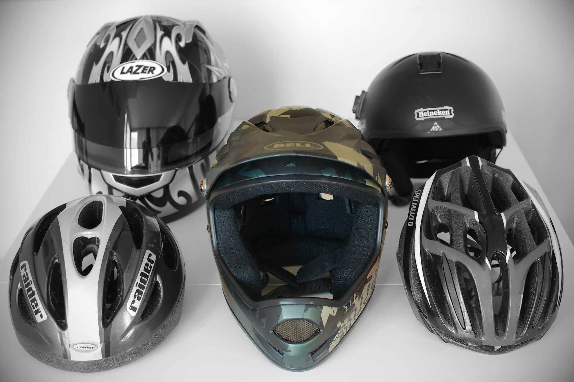 Casque moto de face